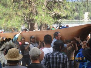 Bringing the canoes ashore